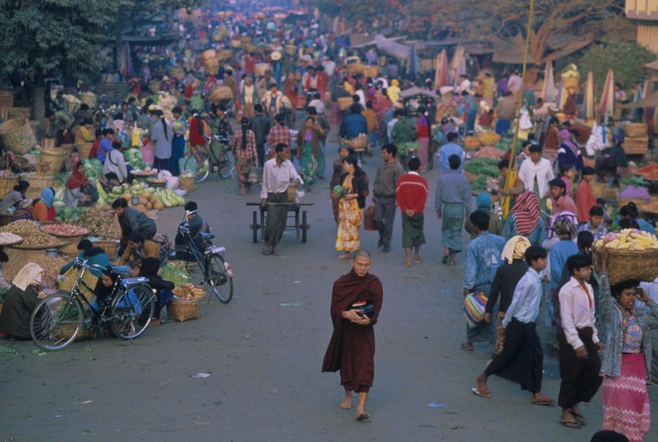 Buddist monk, Mandalay, Myanmar (Burma)