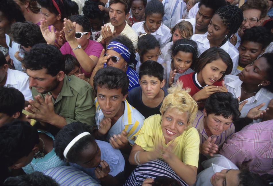 Crowd, Cuba